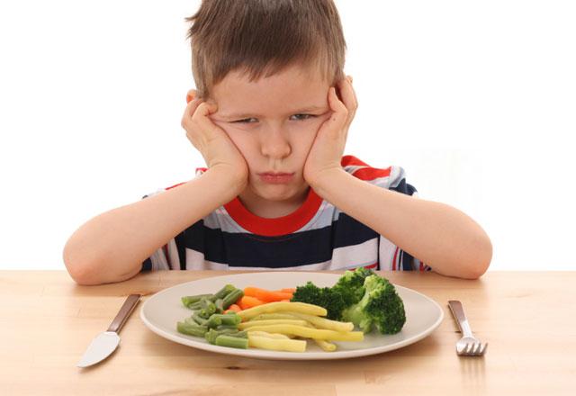 Çocukları Sağlıklı Beslenmeye Alıştırmak İçin Püf Noktalar