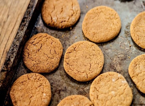 yulafli-biskuvi-nasil-yapilir-1 Diyet Kurabiye Tarifleri