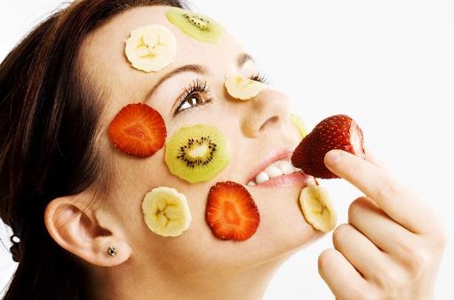 cilt-sagligi-icin-beslenme-onerileri Cilde İyi Gelen Besinler ve Yiyecekler: Yağ, Bitki, Vitaminler...