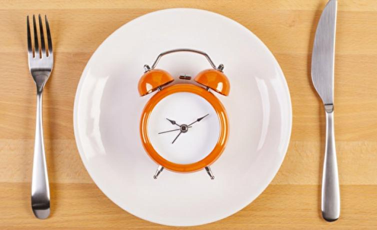 aralikli-oruc-diyeti-yapanlar-ici-9qtz_cover Aralıklı Oruç Diyeti Nedir ve Nasıl Yapılır?