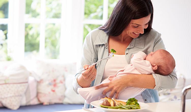 emzirme-dönemi-beslenme-2 Emziren Anne Diyeti 🤱 Ne Yemeli | Doğum Sonrası Beslenme