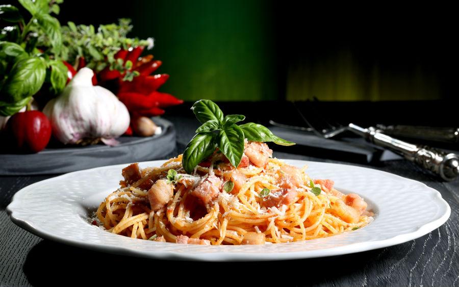 amatriciana-soslu-spagetti Zerdeçalın Zayıflama ve Sağlık Üzerindeki Faydaları Nelerdir?